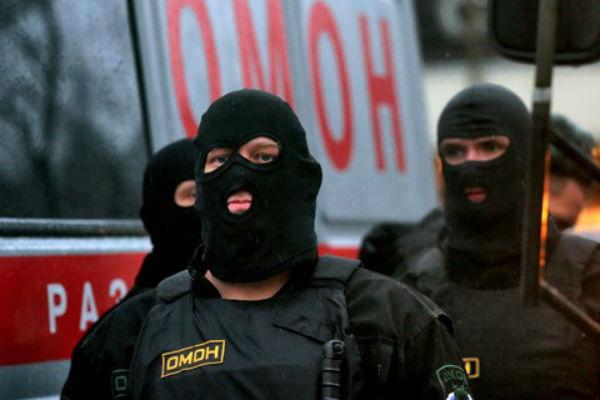 На ножевом турнире в Москве ОМОН задержал левых активистов