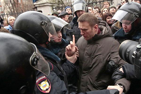 РФ выплатила компенсацию Навальному и Яшину по требованию ЕСПЧ