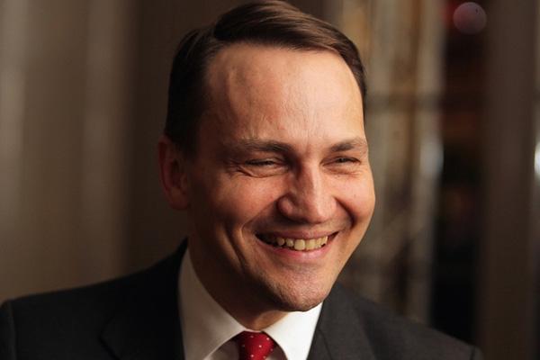 В Польше спикер сейма и три министра подали в отставку