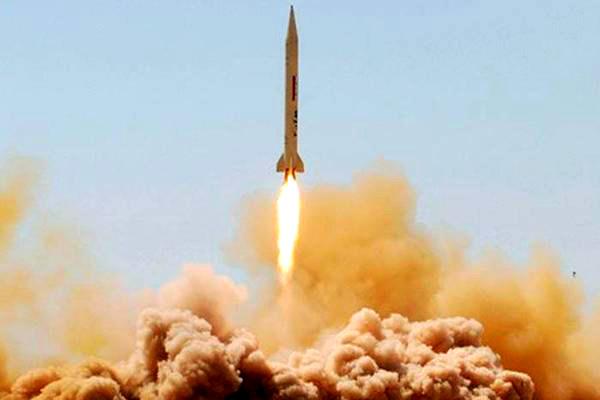 Саудовская Аравия сбила выпущенную хуситами баллистическую ракету