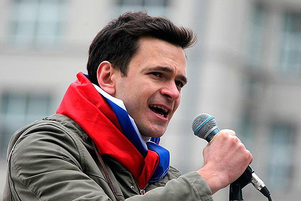 Илья Яшин пойдет на выборы в Костроме