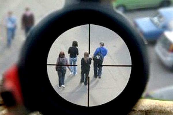 Компанию молодых людей обстреляли из окна дома в Улан-Удэ