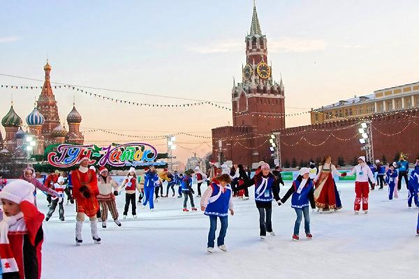 Коммунисты предлагают закрыть Красную площадь для торговли