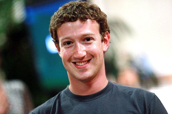 Цукерберг: Facebook перейдет на уровень телепатии
