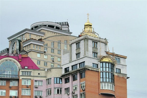 «Золотая крыша» будет у тех, кто придумал схему с платой за капремонт