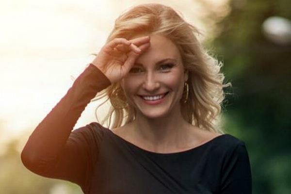 Певица Катя Гордон стала студенткой юридической академии