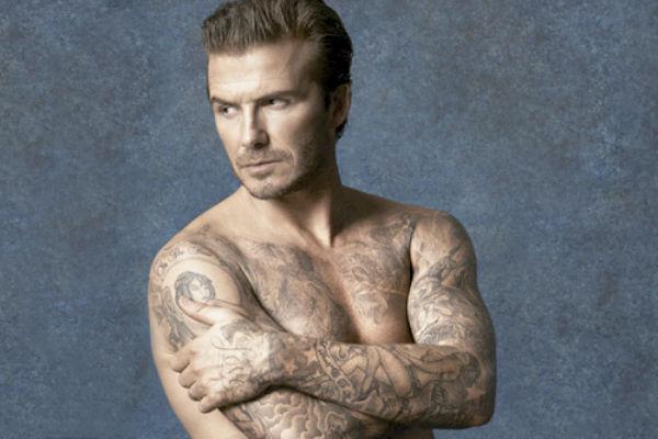 Дэвид Бекхэм сделал новую татуировку и посвятил ее жене