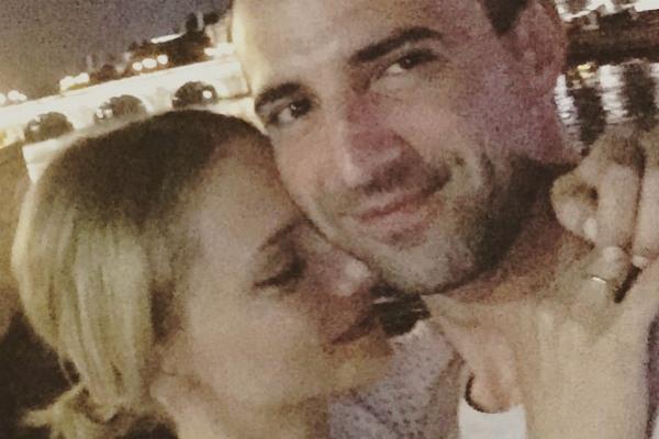 Актеры Екатерина Вилкова и Илья Любимов устроили себе эгоистические каникулы