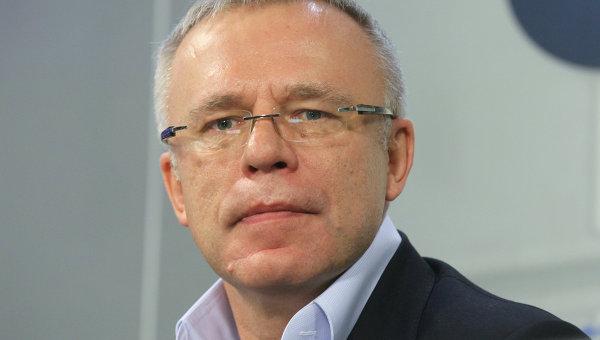 Сенатор от Приморья предложил кастрировать за коррупцию в хоккее
