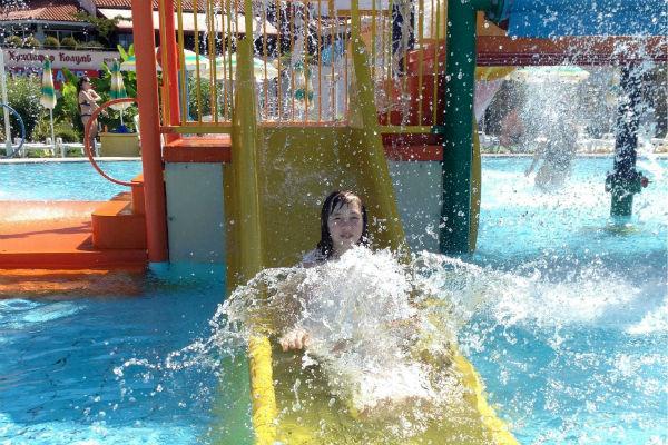 По факту гибели ребенка в аквапарке Сочи возбуждено дело
