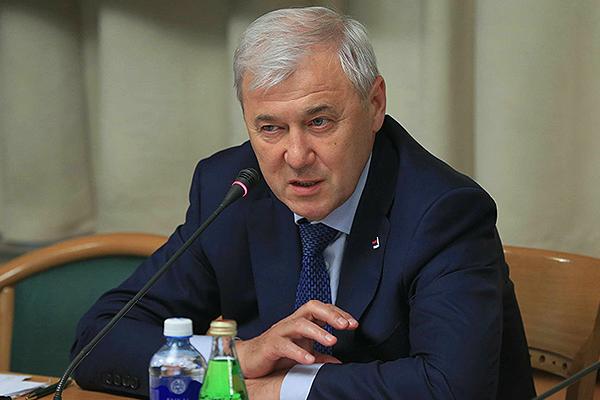 Аксаков предложил сделать фастфуд здоровым, а не запрещать