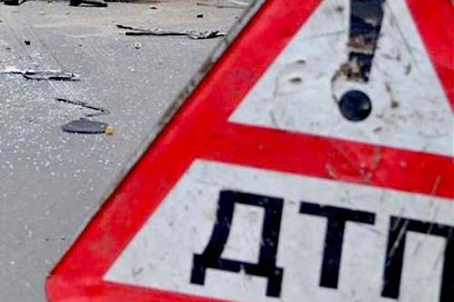 Пьяный полицейский врезался в автомобиль с детьми под Волгоградом