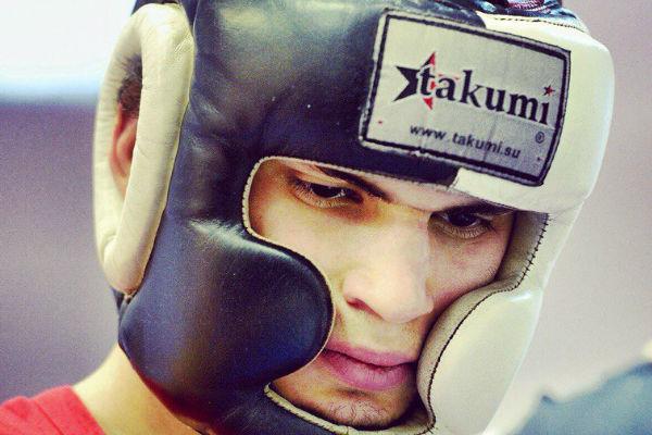 Впервые в истории элитный турнир по тайскому боксу Top King выиграл россиянин