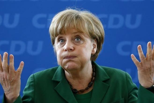 Бундестаг подает в суд на Меркель