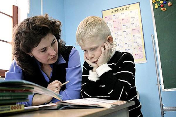 Путин ограничил плату за «продленку» в школах
