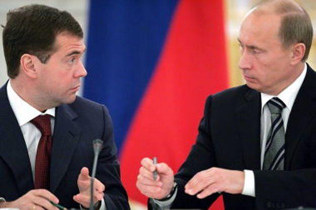 Путин отказал Медведеву в доверии и берет бюджет в свои руки