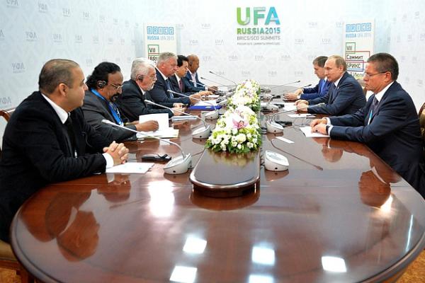 Путин рассказал об уровне безработицы на встрече с профсоюзами БРИКС