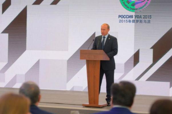 Путин: Страны БРИКС преодолеют экономические сложности