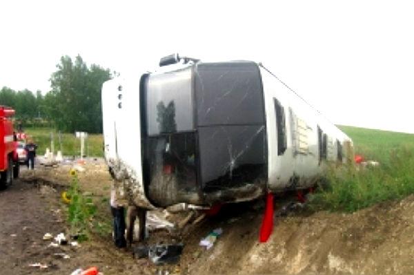 Автобус Neoplan с паломниками перевернулся в Мордовии
