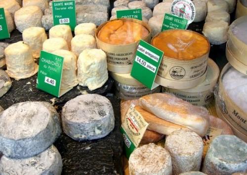 Из-за российского эмбарго у Европы возник сырный кризис