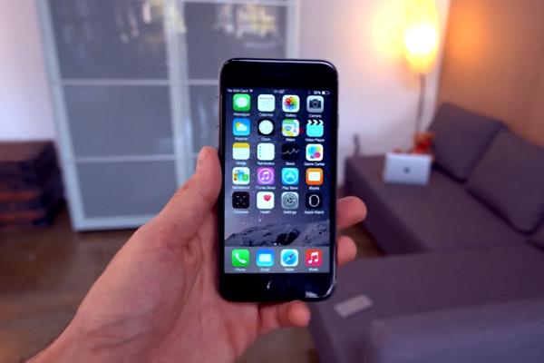 Новый iPhone вышел в Китае раньше оригинала от Apple