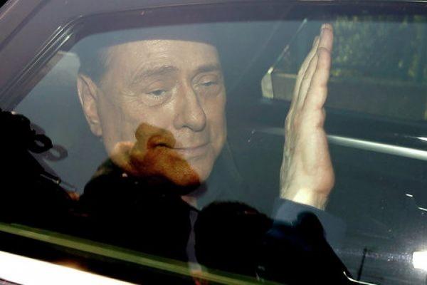 Сильвио Берлускони приговорен к 3 годам тюрьмы за подкуп сенаторов