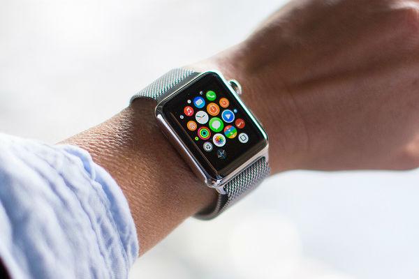 Apple начала официальные продажи