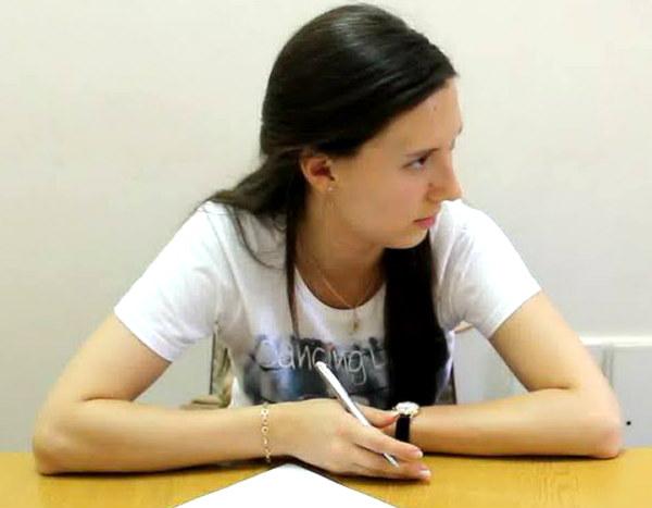 Сюжет журналистки Первого канала об украинских детях и солдатах стал причиной ее депортации СБУ