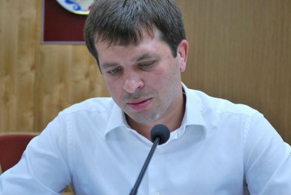 СК: глава Кизлярского района Дагестана подозревается в финансировании терроризма