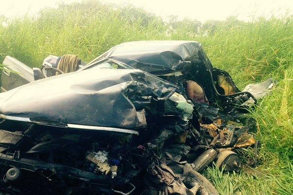 В результате лобового столкновения Lexus и Toyota погибли два человека