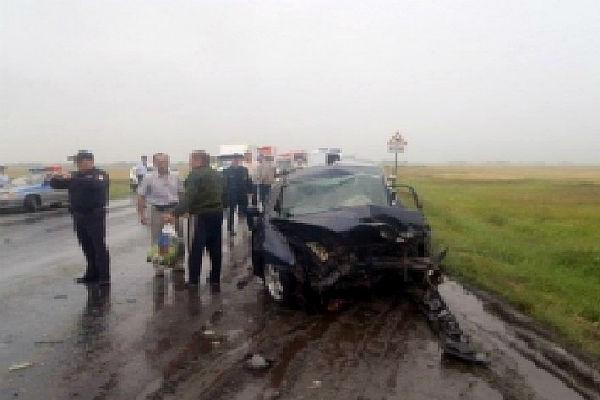 Пять человек погибли в страшном ДТП на трассе