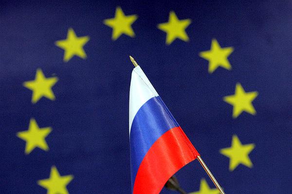 Лидеры ЕС принимают предложения России по прекращению войны в Донбассе