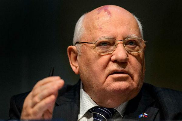 Горбачев впервые появился на публике после прощания с Примаковым
