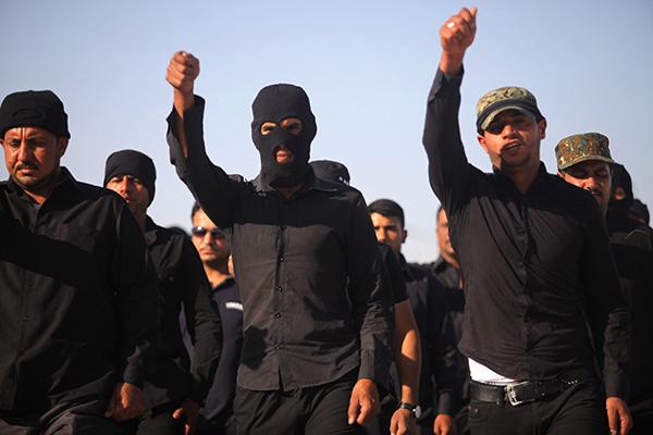 Сбежавшие британские школьницы вышли замуж за террористов ИГИЛ