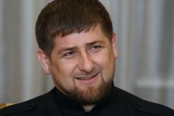 Кадыров обещал развестись, если увидит на семейном столе продукты не из Чечни