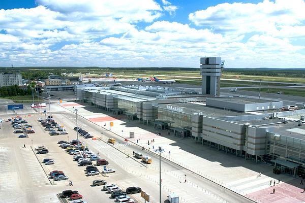 Пьяный пассажир пригрозил взорвать самолет рейса Екатеринбург - Москва