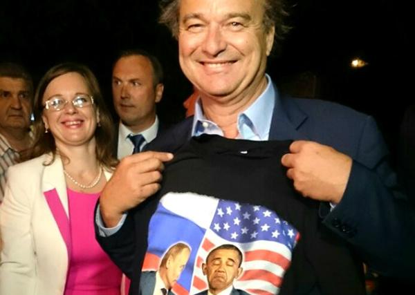 Французские депутаты увидели в Крыму «счастливый народ» и оскорбили Обаму