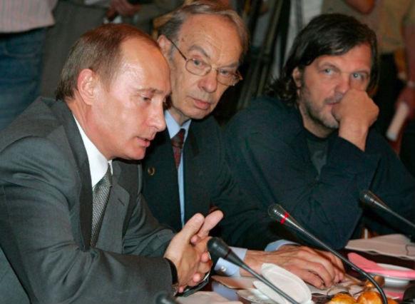 Эмир Кустурица и Владимир Путин (фото РИАновости)