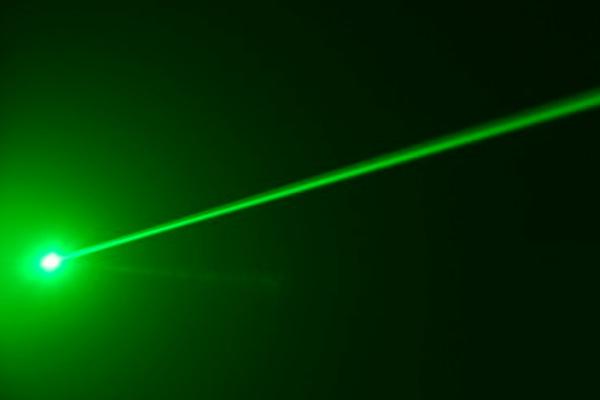 Самый мощный лазер в мире произвел потрясающий выстрел, - ученые