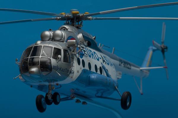 Вертолет Ми-8 с пятью людьми на борту пропал между Сургутом и Нижневартовском