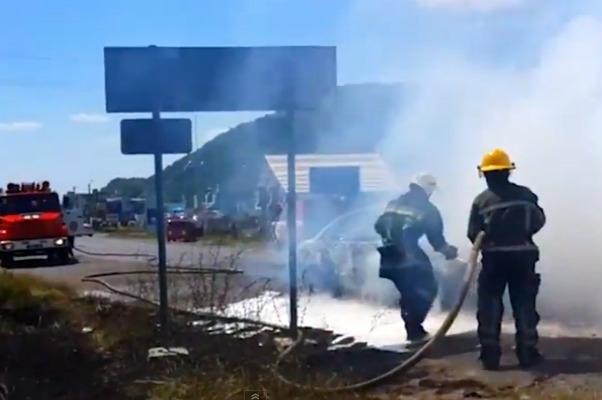 В боях «Правого сектора» с мафией в Мукачево огонь ведется из пулеметов и гранатометов