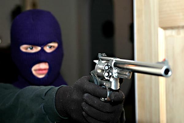 Мужчины в масках совершили вооруженное нападение на АЗС под Тулой