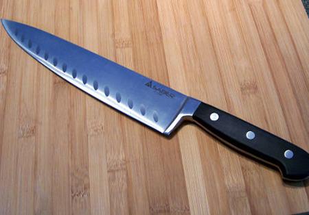 Пятиклассник убил 28-летнего любовника матери ударом ножа в спину
