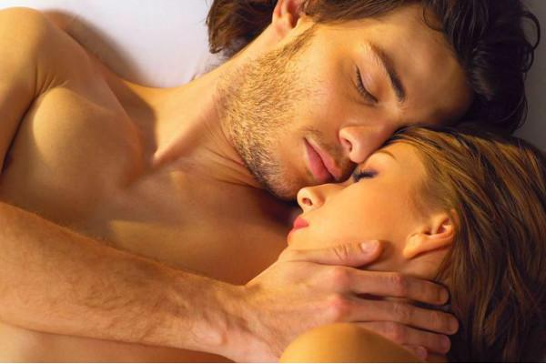 Крепость любви зависит от времени до первого интима, - ученые