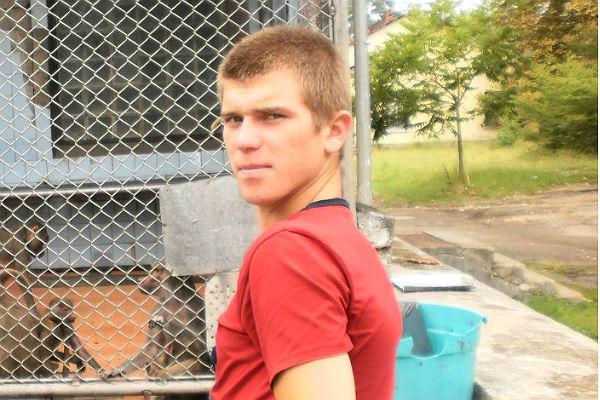 Раненный украинским пограничником 19-летний россиянин оказался в тяжелом состоянии