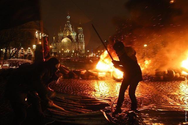 Скандальный акционист Павленский дал обет молчания в суде