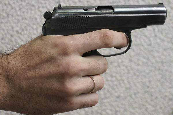 Мужчина устроил стрельбу на Царицынском радиорынке в Москве