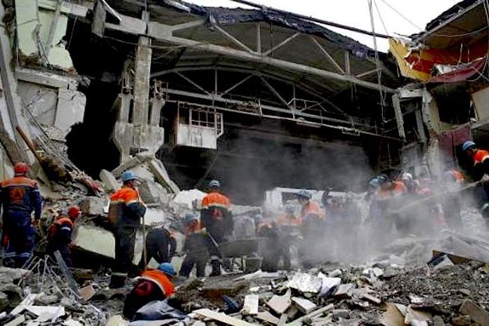 В Тбилиси рухнуло здание института математики, есть погибшие