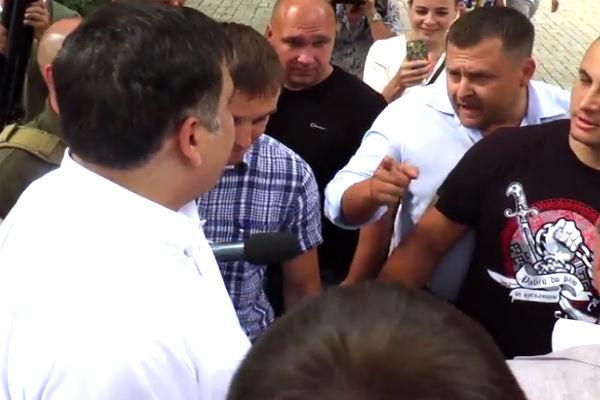 Саакашвили едва не подрался с экс-заместителем Коломойского
