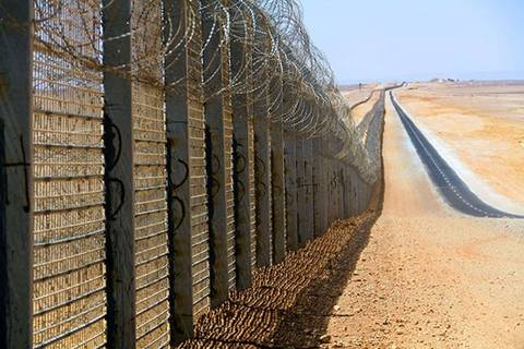 Тунис отгородится от ИГИЛ огромной стеной